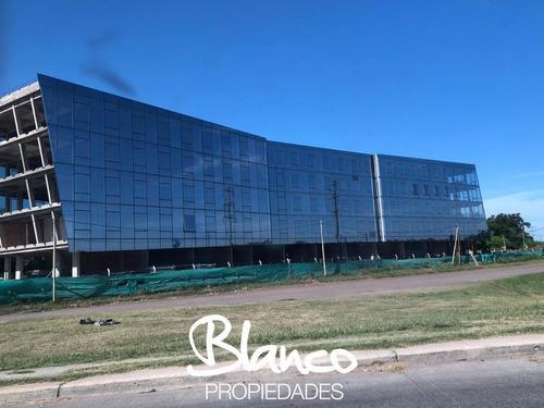 Meridiano Business Center - Desarrollo Sobre Colectora!