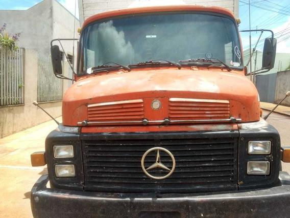 Mercedes Bens 1113 Completo