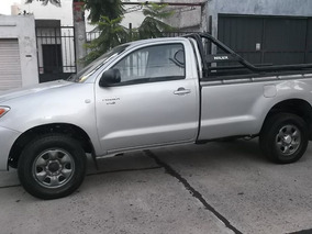 Toyota Hilux Cabina Simple 2.5 4x4