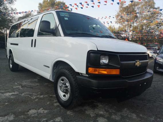 Chevrolet Express Van 15 Pasajeros V8