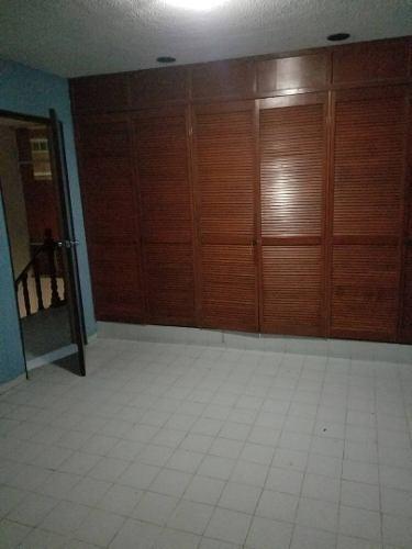 Casa En Renta Calle Zinc , Hacienda Echeveste