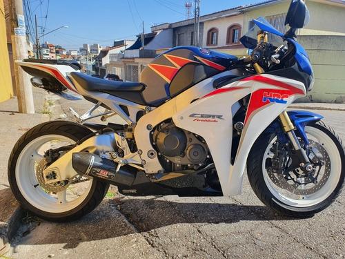 Imagem 1 de 8 de Honda Cbr1000rr