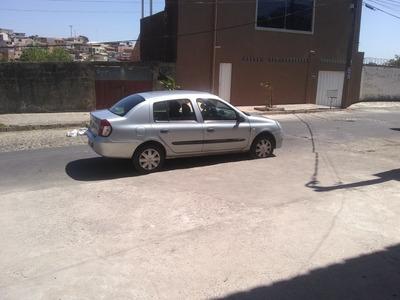 Renault Clio Sedan 1.0 16v Expression Hi-flex 4p 2006