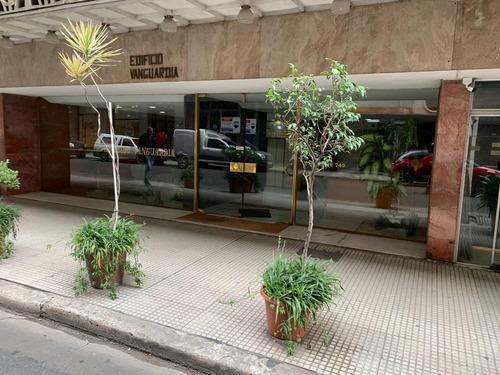 Imagen 1 de 12 de Hermoso Departamento Exelente Ubicacion Bajas Exp Cochera Op