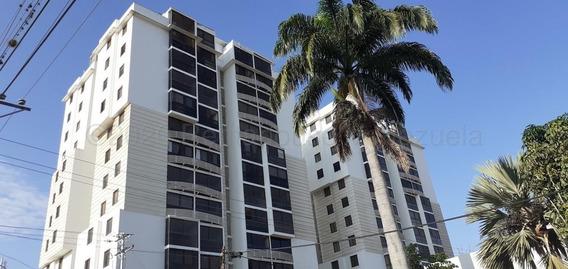 Apartamento En Venta Barquisimeto Rah: 20-24880 Ml