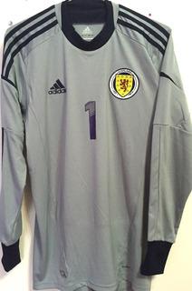 Camisa Escócia 2013/14 Mc Gregor #1 Goleiro Completa
