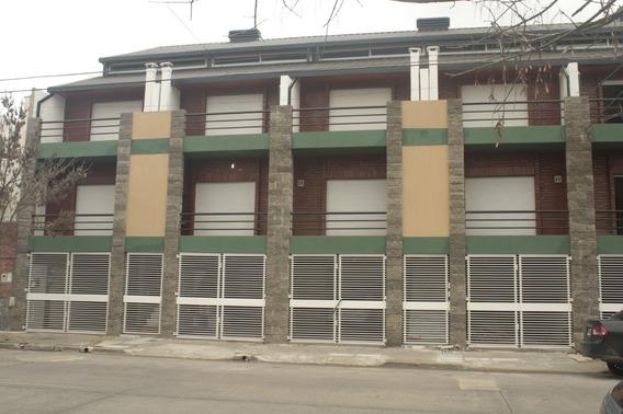 Dueño Vende, Duplex 2y1/2 Amb, 2 Bñ, Coch 2 Veh, Parrilla