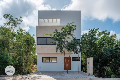 Casa En Venta En Cancun Residencial Arbolada