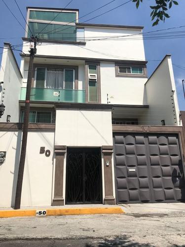 Imagen 1 de 14 de Casa En Paseos De Churubusco, Espectacular