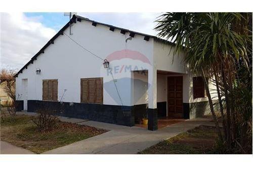 Casa En Venta 3 Dormitorios- Plaza Huincul