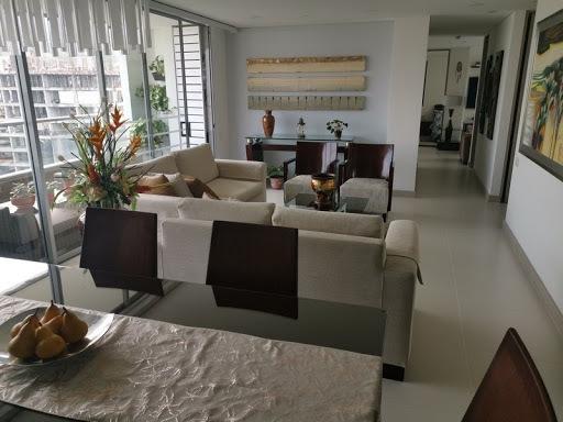Apartamento En Arriendo Loma Del Chocho 622-12698
