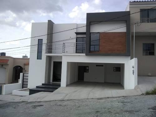 Se Vende Casa Nueva Y Moderna En Las Fuentes!!!!