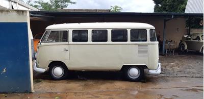 Volkswagen Kombi Corujinha