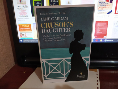 Livro Crusoe's Daughter  Jane Gardam