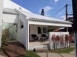 Condomínio Ilha Da Caieira - Linda Casa Com 03 Quartos Sendo