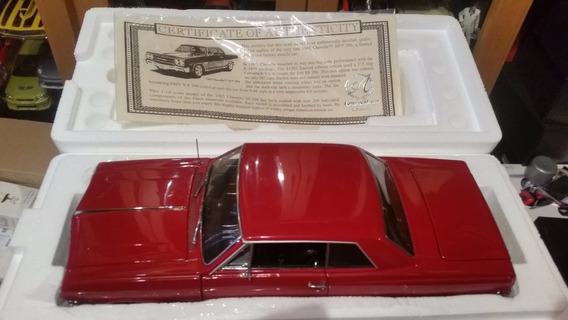 Miniatura Chevelle Ss 396 1965 Authentics 1/18