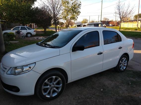 Volkswagen Voyage 1.6 Comfortline 101cv I-motion 2012