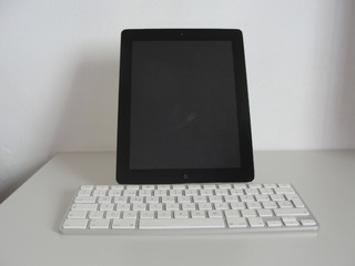 iPad 2 32gb Wifi/3g - Teclado - Auricular De Regalo