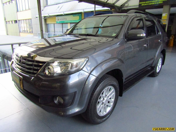 Toyota Fortuner At 2700 7psj