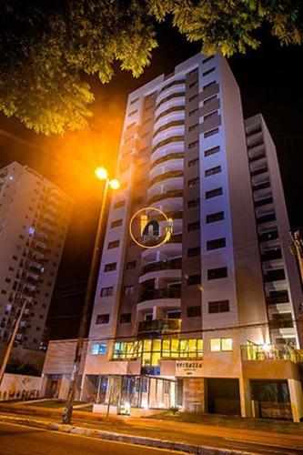Apartamento Com 4 Quartos Para Comprar No Praia De Itaparica Em Vila Velha/es - Nva1762