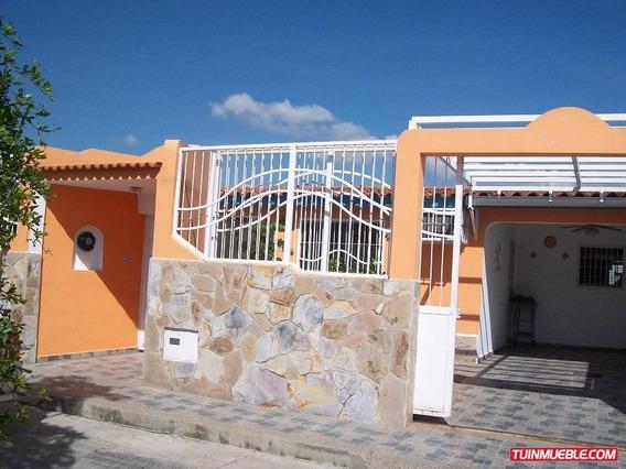 Casa En Venta En Los Palos Grande I, 18-50014