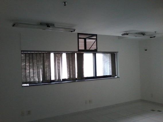 Conjunto Em Moema, São Paulo/sp De 44m² À Venda Por R$ 422.085,00 - Cj226591
