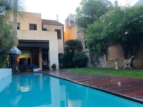 Casa En Alquiler En Lote Propio, Núñez/ Beñgrano - Vitraux, Pileta, Jardín