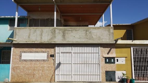Casa En Venta Barcelona, C.r Tamarindo