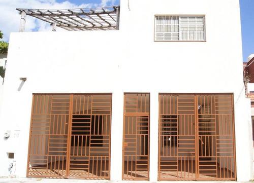 Imagen 1 de 15 de Casa En Venta Excelente Ubicación Bosque Real, Playa Del Carmen P3111