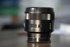 Lente Sony Zeiss Planar T 50mm F/1.4 Ssm