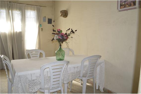 Casa 3 Ambientes Con Cochera. San Miguel