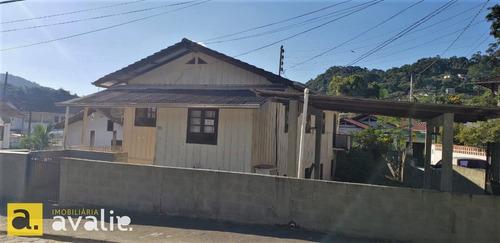 Imagem 1 de 5 de Oportunidade De Investimento !!! Terreno Com Casa . - 6003089v