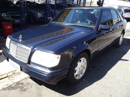 Imagem 1 de 13 de Mercedes 220 2.2 Classic Gasolina 4p Automatico