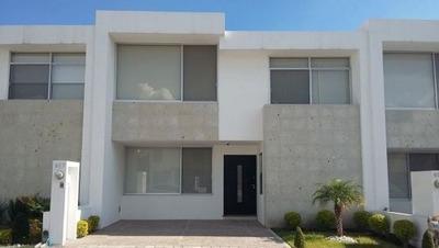 Se Vende Casa Begoña En El Refugio, Querétaro
