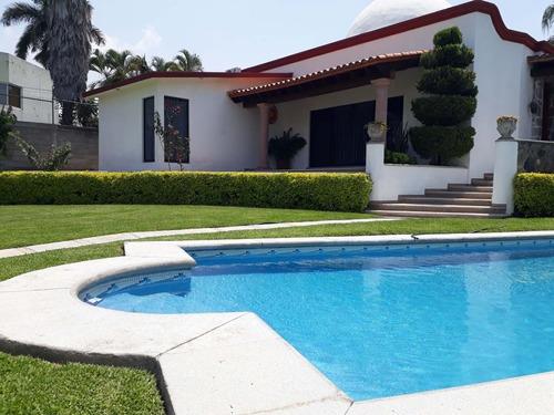 Casa En Venta Al Sur De Cuernavaca. Fracc Burgos