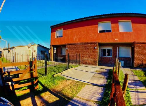 Apartamento Duplex En Complejo Los Cedros