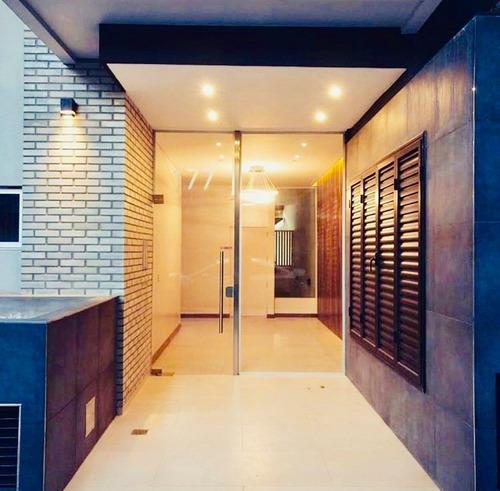 Departamento De 2 Amb Con Excelente Ubicacion En Villa Luro