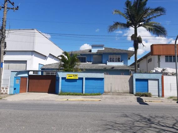 Casa Em Anita Garibaldi, Joinville/sc De 400m² 3 Quartos Para Locação R$ 5.500,00/mes - Ca387659