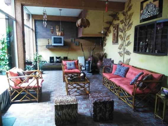 Casa En Venta Independencia 21-6582 Rbw