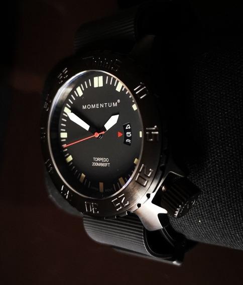 Reloj Momentum Buzo Nuevo Cristal Zafiro, Movimiento Japones