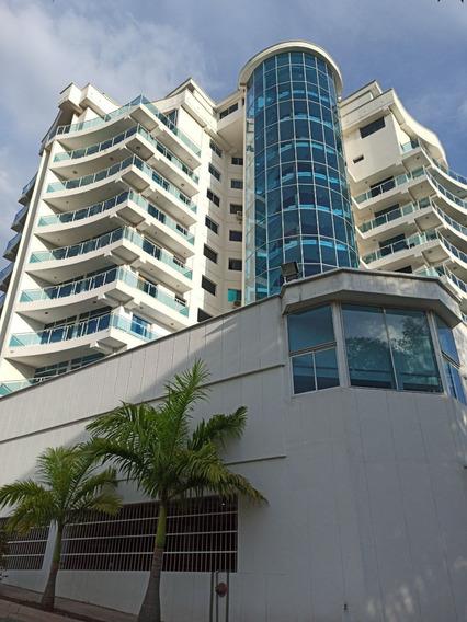 Apartamento De 67m² En Res. Gran Florida, El Rosario