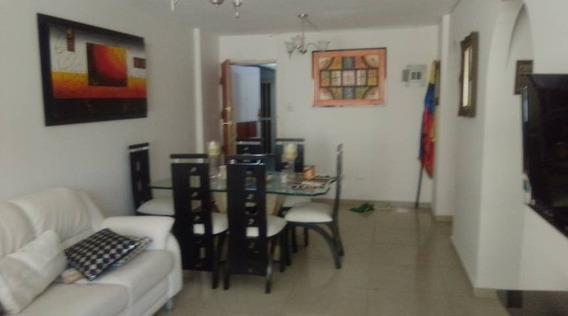 Alquiler. Apartamento. Calicanto. 04124526971