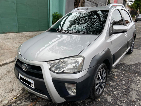 Etios Cross 1.5 16v Flex - Ipva 2020 Pago