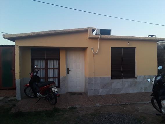 Casa De 3 Dormitorios Con Aire Acondicionado Los 3