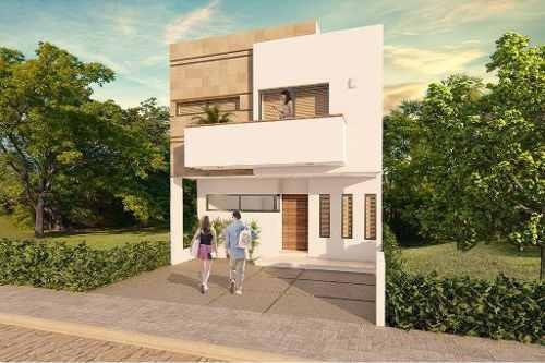Venta De Casa En Residencial Arbolada By Cumbres, Cancún