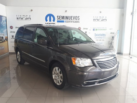 Chrysler Town & Country Touring Piel Automatica