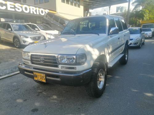 Imagen 1 de 10 de Toyota Burbuja Autana Lx