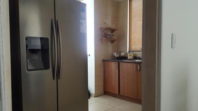 Alquiler De Apartamento En El Cangrejo 19-2208 **hh**