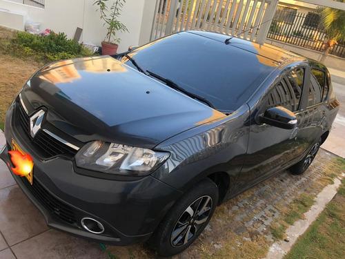 Renault Logan 1.6 Privilege / Intens