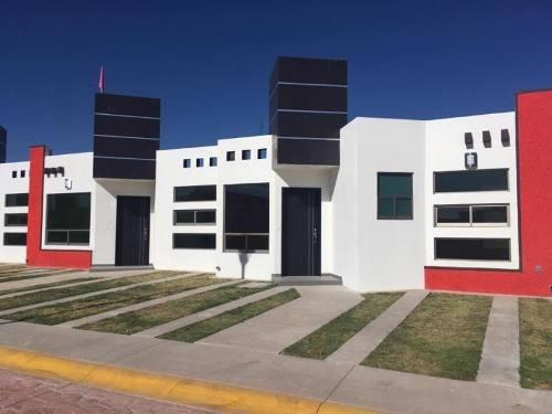Casa Sola En Venta Fracc Al Sur Con Super Terreno 150 M2